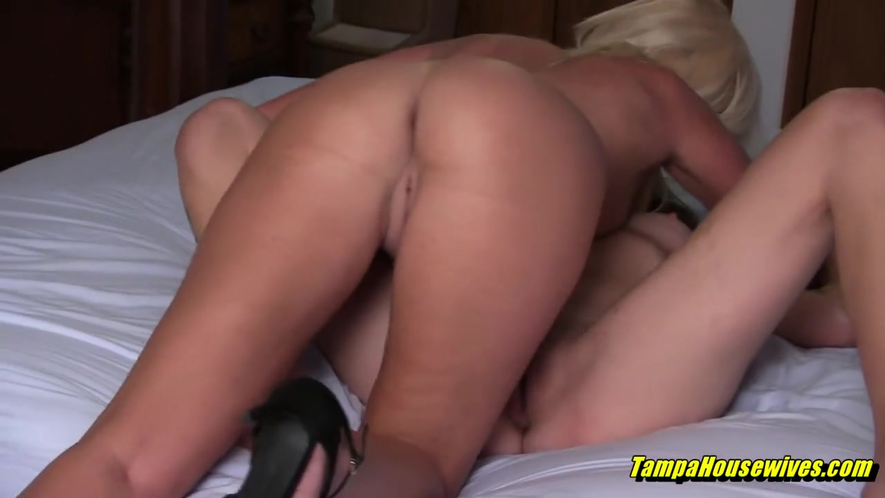 Hot Threesomes with the Pussy Licking Babysitter
