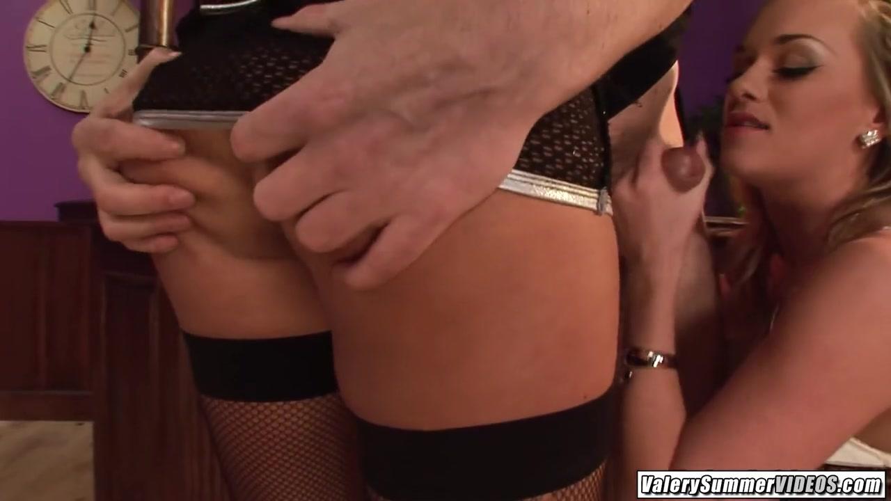 Valery Summer enjoys Paige Ashley fucking big dick together at bar