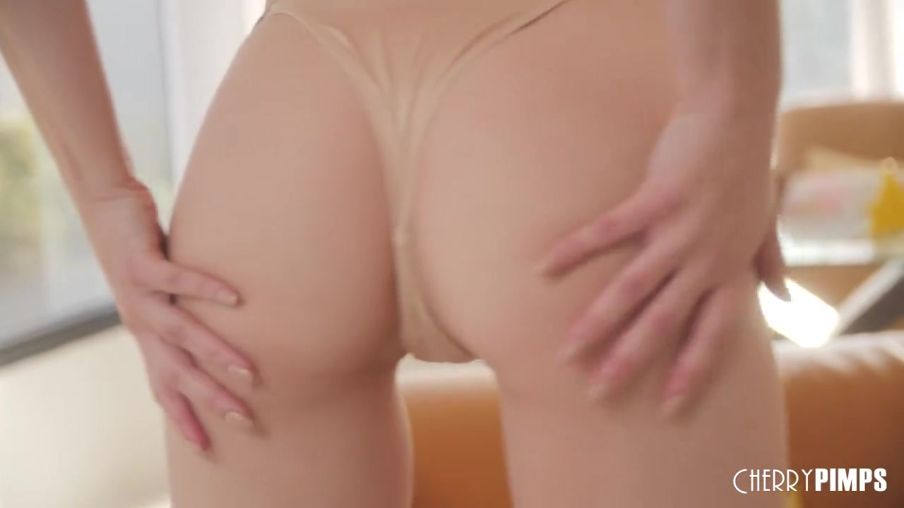 Lily Larimar All Natural Blonde Teen Strips from Lingerie and Fingers Her Shaved Pussy