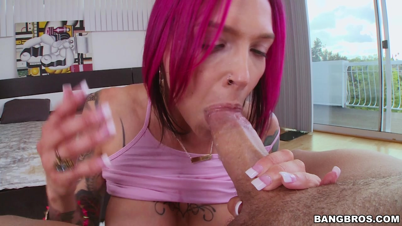 Anna Bell Peaks Is A Squirting Freak - BangBros