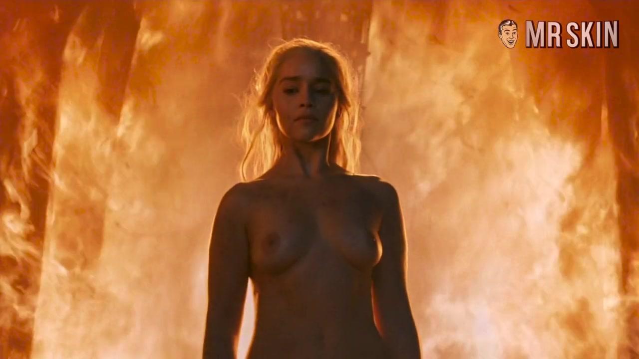 You've G.O.T. to see Emilia Clarke's Nude Return - Mr.Skin