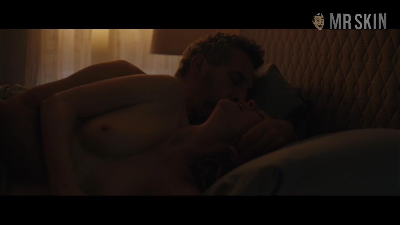 Nude Jennifer Lawrence Will Make Your Dark Phoenix Rise - Mr.Skin